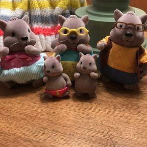 Lil Woodzez squirrel family